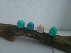 "Deko-Objekte - ""Strandhuset"" ~ Treibholz - Strandhaus ~ - ein Designerstück von nordic-Art bei DaWanda House In The Woods, Shops, Etsy, Drift Wood, Christmas Jewelry, Objects, Deko, Amazing, Color"
