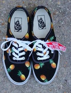 shoes vans pineapple vans of the wall