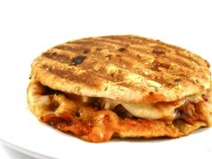 Skinny Breakfast Pizza Melt. Pizza for breakfast?  You bet, with this healthy, vegetarian breakfast melt! Each has 215 calories, 6 grams fat & 6 Weight Watchers POINTS PLUS. http://www.skinnykitchen.com/recipes/skinny-breakfast-pizza-melt/
