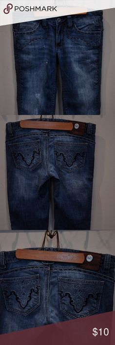 """capri, jeans, pants, clothes, Antik Denim Size 27 """"Antik Denim"""" jean capris pants with cute designs on pockets and ends. Antik Denim Pants Capris"""