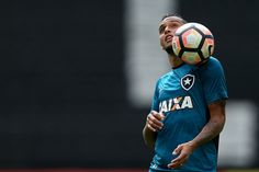 BotafogoDePrimeira: Jair surpreende e arma Botafogo com Gilson no meio...