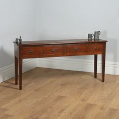 19th Century Style French Provincial Chestnut Low Dresser Base / Sideboard (Circa 1970)