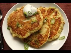 Boxty - Irish Potato Pancakes Boxty on the griddle Boxty on the pan If you can't make boxty You'll never get a man Irish Boxty gives credit to two mainstays of traditional Irish cuisine; the ubiquitous Irish potato and the Irish. Breakfast And Brunch, Irish Breakfast, Pancake Breakfast, Fried Potato Cakes, Irish Potatoes, Mashed Potatoes, Russet Potatoes, Potato Pancakes, Antipasto