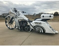 Harley Davidson Events Is for All Harley Davidson Events Happening All Over The world Harley Bagger, Bagger Motorcycle, Harley Bikes, Custom Baggers, Custom Harleys, Harley Davidson Road Glide, Harley Davidson Bikes, Custom Street Bikes, Custom Bikes