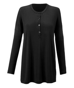 Refresh your staple collection by adding this stretch-ready tunic into the mix. The match-ready hue and long silhouette will ensure you reach for it again and again. Fall Fashion Trends, Autumn Fashion, Henley Tee, Sweater And Shorts, T Shirts For Women, Clothes For Women, Women Brands, Fashion Pictures, Tunic