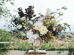 Vintage Wedding Floral Arrangement Idea