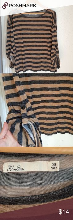 Madewell Striped Tee W/ Button Sleeve XS Easy to throw on striped tee by Madewell. So comfy and. Little oversized. Has a button on each sleeve so you can make the shirt 3/4 length or long sleeve. Marked XS. Madewell Tops Tees - Long Sleeve