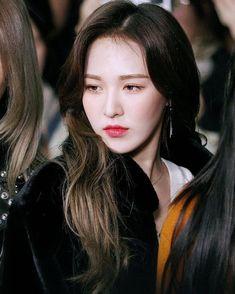 Check out Black Velvet @ Iomoio Wendy Red Velvet, Black Velvet, Singer Fashion, Red Velvet Cheesecake, Short Straight Hair, Seulgi, Sweet Girls, Beautiful Actresses, Kpop Girls