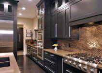 Modern French Country Kitchen design Inspirations - Page 2 of 25 Best Kitchen Cabinets, Kitchen Cabinet Styles, Big Kitchen, Kitchen Backsplash, Kitchen Decor, Kitchen Tips, Kitchen Ideas, Country Kitchen Designs, Farmhouse Style Kitchen