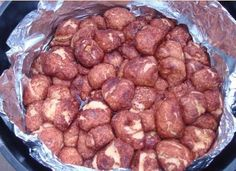 monkey bread in a Dutch oven (from CampingwithGus.com) // Now that is some treat! We don't take Dutch oven camping, but if we did...