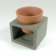 Arts And Crafts With Popsicle Sticks Cement Design, Cement Art, Beton Design, Concrete Cement, Concrete Furniture, Concrete Crafts, Concrete Projects, Concrete Planters, Terracotta Plant Pots