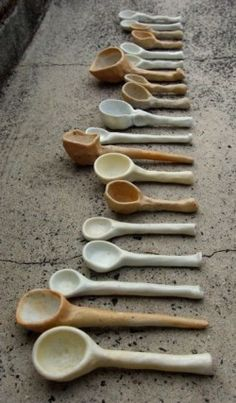 Hand Built Pottery, Slab Pottery, Glazes For Pottery, Pottery Mugs, Ceramic Pottery, Ceramic Art, Pottery Ideas, Ceramic Spoons, Ceramic Tableware