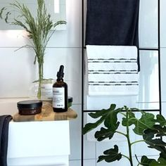 This post has given me inspiration to get a decorative ladder for my bathroom and here's to hoping I can style it as good as these guys - . Bathroom Inspo, Bathroom Styling, Metal Signs, Wooden Signs, Norwegian House, Hide Wires, Porch Entry, Gallery Frames, Duravit