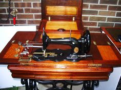 """Singer""""New Family""""Model12 sewing machine,Mother of Pearl,Fiddlebase Early Americ 