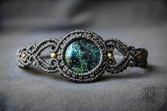 ELEGANT Macrame Bracelet with Azurite Gemstone Statement