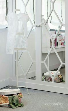Creative Tonic loves this cabinet with mirrors