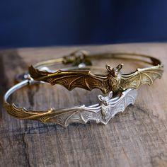 Bat Bracelet, Halloween Bracelet, Bat Jewelry, Halloween Jewelry, Gothic Bracelet, Vampire Jewelry, Vampire, Bat, Halloween Costume BR477