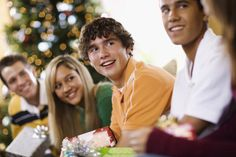 Holiday advice from the Neurotic Parent: Don't lend your kids your chargers. Dorm Life, College Hacks, Parenting 101, Young Adults, Gifts For Teens, Kids House, Family Life, Holiday Fun, Advice