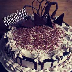 Delicioso pastel de tres leches con chocolate