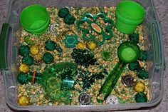 St Patricks Day Sensory Tub   @Stephanie Francis Clarkson you should do this for the babies at work :)