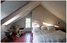 Small Attic Bedroom Designs