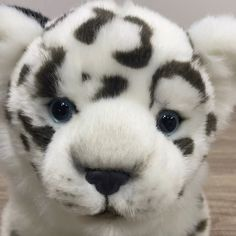 Follow Auswella on their journey into making realistic plush. #auswella #auswellaplush #cubs #plush #stuffed Pet Toys, Cubs, Husky, Plush, Journey, Animals, Animales, Bear Cubs, Animaux
