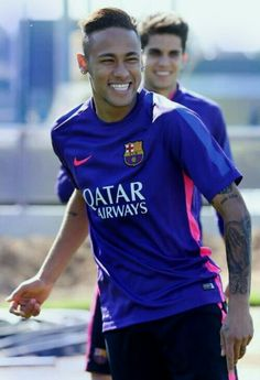 Everything you need to know about Neymar Jr Fc Barcelona Neymar, Barcelona Soccer, Real Madrid, Alex Morgan Soccer, Cristiano Ronaldo Lionel Messi, Soccer Girl Problems, Manchester United Soccer, Soccer Tips, Soccer Stuff