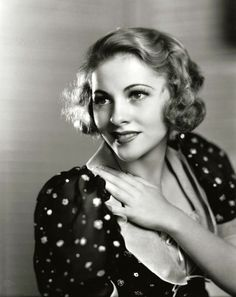 Joan Fontaine 1937, photo by Ernest A. Bachrach