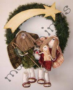 Reno, Grapevine Wreath, Grape Vines, Wreaths, Halloween, Christmas, Christmas Crafts, Handmade Crafts, Felt Wreath