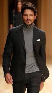 Cuello cisne o cuello alto para hombres. Outfits para hombres con jerseys  de cuello alto. Hombres ElegantesHombres FormalesRopa De HombreModa ... d01c0b009dc