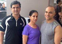 Farhan Dhalla, Canada's Best Fitness Instructor, trains Bollywood actress Deepika Padukone and her family Workout Session, Famous Celebrities, Deepika Padukone, Olympians, Bollywood Actress, Fun Workouts, Parents, Actresses, Resume
