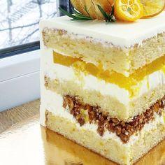 Люди🙋♀️Есть тут тот, кто не постится 🤔 Для Вас информация💖 ________________________ На 27 марта планирую набор тортиков из четырех… Inside Cake, Cake Tasting, Pastry Shop, Mousse Cake, Pastry Recipes, Chocolate, Mini Cakes, Vanilla Cake, Coco