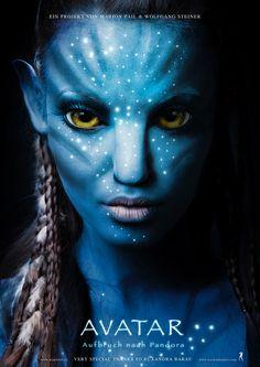 Create James Cameron's AVATAR Movie Poster in Photoshop Tutorial - icanbecreative Avatar Films, Avatar Movie, Costume Halloween, Halloween Makeup, Halloween 2019, James Cameron, Gothic Makeup, Fantasy Makeup, Fairy Makeup