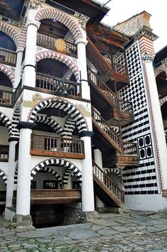 Rila Monastery, Bulgaria Beautiful place but I would not stay overnight. Places To Travel, Places To Visit, Macedonia, Eastern Europe, Albania, The Good Place, Architecture Design, Beautiful Places, Around The Worlds