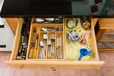 7-Drawer-Organized