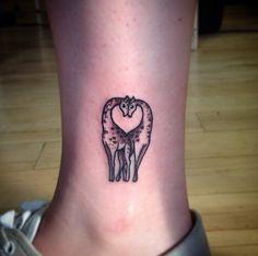 small giraffe tattoo #ink #youqueen #girly #tattoos