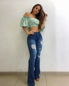 Iaras guimaraes La imagen puede contener: 1 persona, de pie y calzado Cute Cowgirl Outfits, Western Outfits Women, Country Style Outfits, Rodeo Outfits, Chic Outfits, Summer Outfits, Fashion Outfits, Western Dresses, Outfits For Mexico