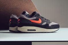 "Nike Combines ""Oil Grey"""