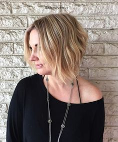 "the ""after"" from the previous post/video ~heavy paint~ on boss babe @leejolie  haircut by boss babe @jaytee76 ✂️ @tarverhillsalon #ravenoushair #ausinhair #austinsalon #tarverhillsalon"