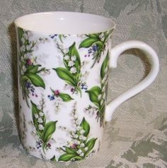 Chintz Lily of the Valley Mugs Coffee Cups, Coffee Time, Tea Time, Language Of Flowers, Cute Kitchen, My Cup Of Tea, Lily Of The Valley, Tea Mugs, My Flower