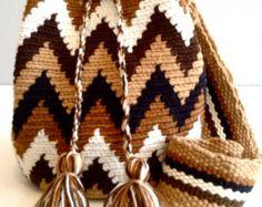 Mini Wayuu Mochila Bag by Bluevitasw Tapestry Bag, Tapestry Crochet, Belt Purse, Tote Purse, Boho Bags, Handmade Bags, Knitting Yarn, Winter Hats, Western Wear