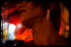 """vídeo com marisa monte e adriana calcanhoto, a autora, interpretando a música """"beijo sem""""... >>> betomelodia - música e arte brasileira: Beijo Sem, com Adriana Calcanhoto e Marisa Monte"""