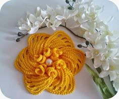 Luciana Ponzo Creations Crochet: Learn to make Amarilis flower