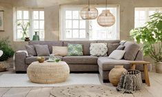 Ibiza Style Interior, Home Living Room, Living Room Decor, Chill Room, Home Flowers, Ibiza Fashion, Beach House, Sweet Home, House Design