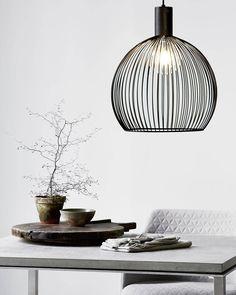 Aver takpendel skaper et fantastisk lysbilde! Ny lampe i vår nettbutikk!