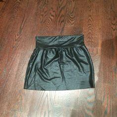 American apparel mini skirt American apparel mini skirt, size small American Apparel Skirts Mini
