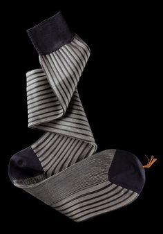 William Abraham - Luxury Socks for Men ● NAVY / PEARL