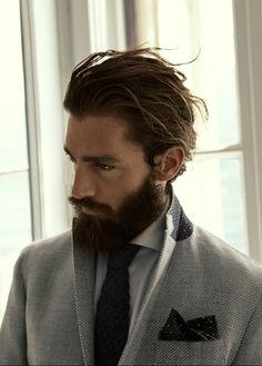 herringbone jacket has contrast under collar felt