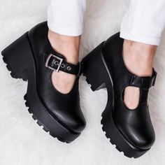 a2d40d4efa90 Spylovebuy cattie block heel cleated sole buckle platform ankle boots sz 3-8