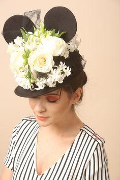 Epaulets Spring 17 | YOKKO #stripes #epaulets #military #dress #beauty #fashion #details #woman #yokko #black #white #red #flowers